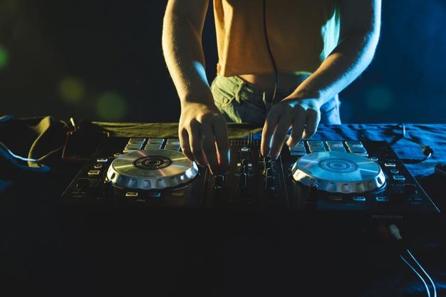 Playlist da festa: como arrasar na trilha sonora do seu evento