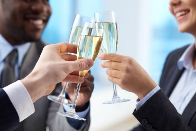 Festas de confraternização: a melhor forma de organizar a da sua empresa