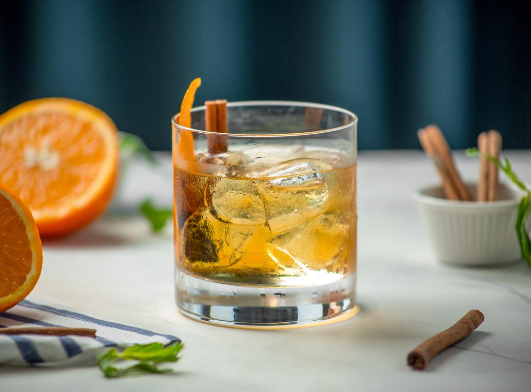 Drinks com whisky: aprenda a preparar os melhores!